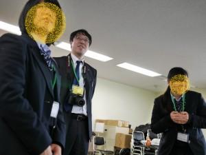 ファシリテーションをする高田主任。