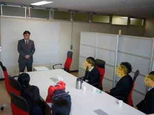 閉会の挨拶は、秋元運輸倉庫 鈴木取締役本部長が行いました。