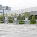 待機スペースの一角には電気自動車用電源コンセントが用意されています。