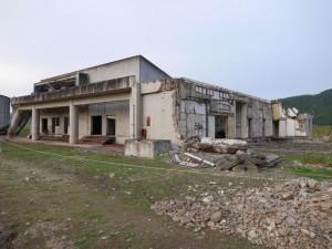 津波の猛威が、校舎に残っています。