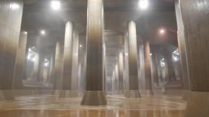 調圧水槽は、幅78メートル、長さ177メートル、また高さは18メートルあります。