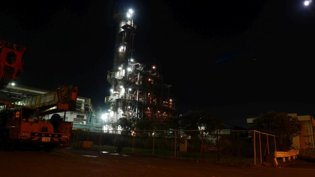 川崎市の工場夜景。