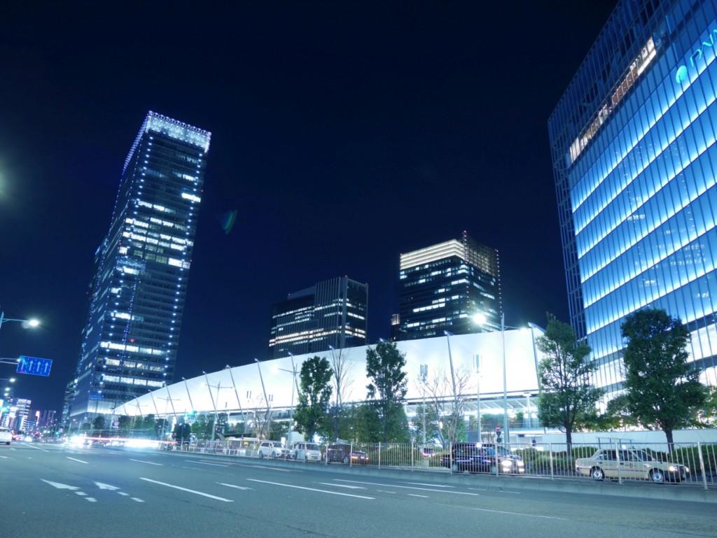 東京駅八重洲中央口側の様子。だいぶ様変わりしましたね。